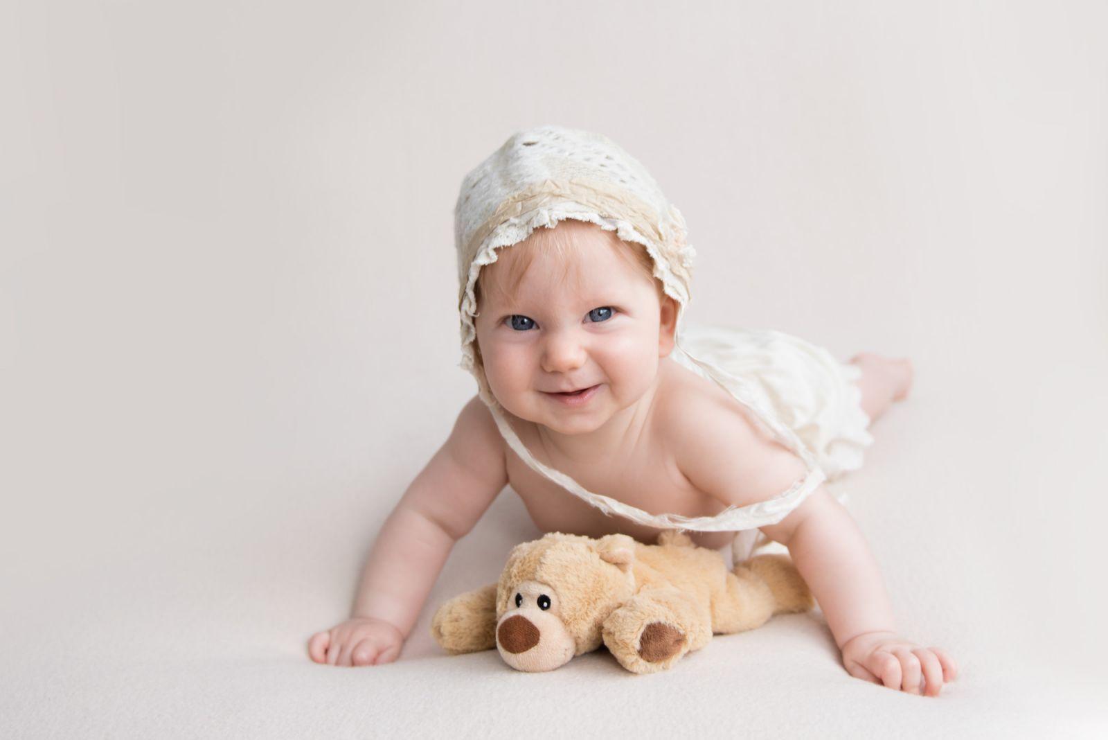 Baby Neugeborenen Fotoshooting Newborn Fotografie Kinderfoto 12 Farbe