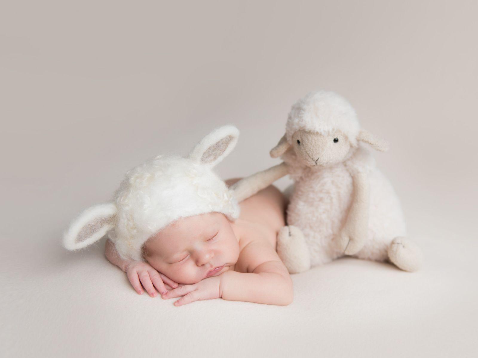 newborn-fotografie-verspielt